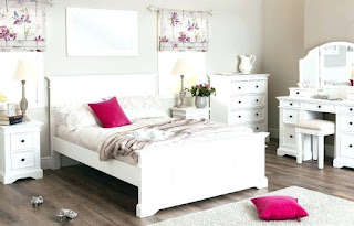 How To Arrange The Bedroom To Be More Spacious