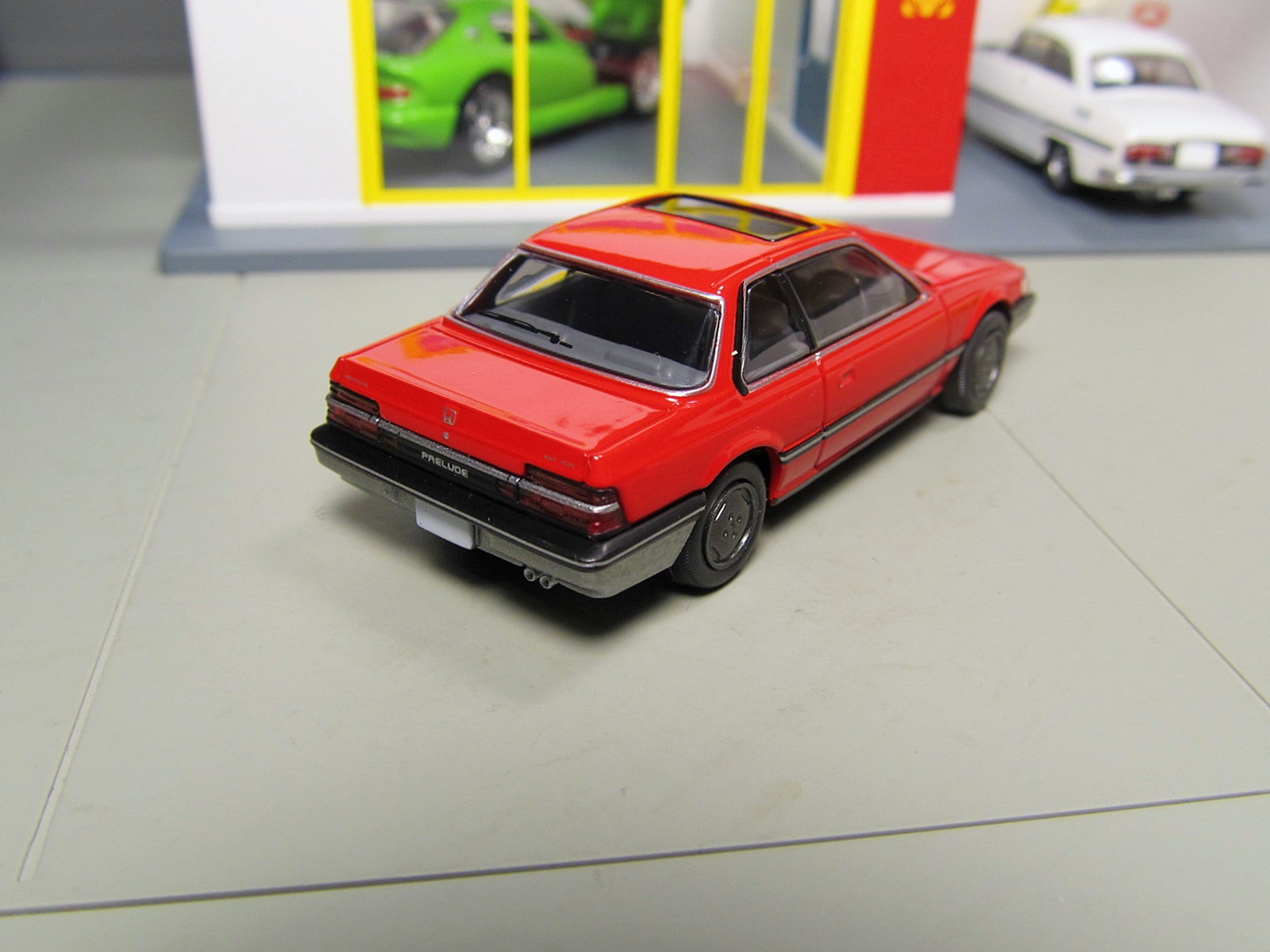 Tomica Limited Vintage LV-N145a Honda Prelude