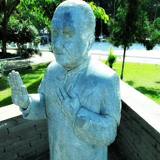 Padre Luizinho - Praça Central, Nova Palma (RS)
