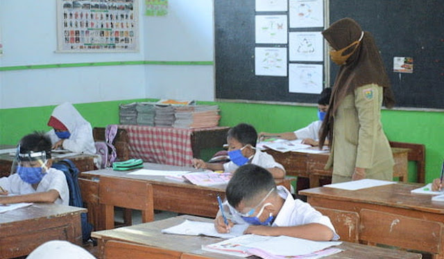 DPR: Stop Pembelajaran Tatap Muka, Pemerintah Jangan Bereksperimen