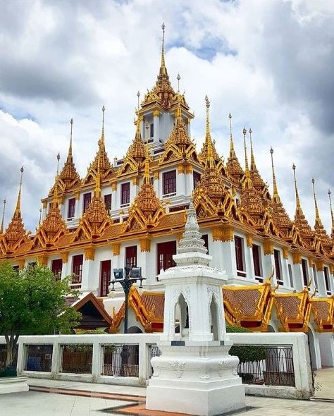 10 Must See Monuments in Bangkok