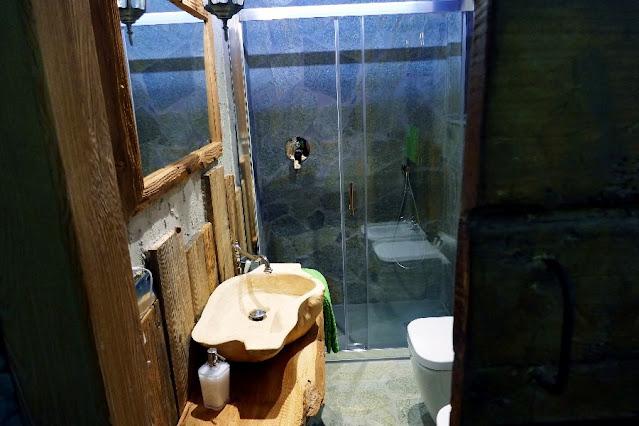 bagno di legno
