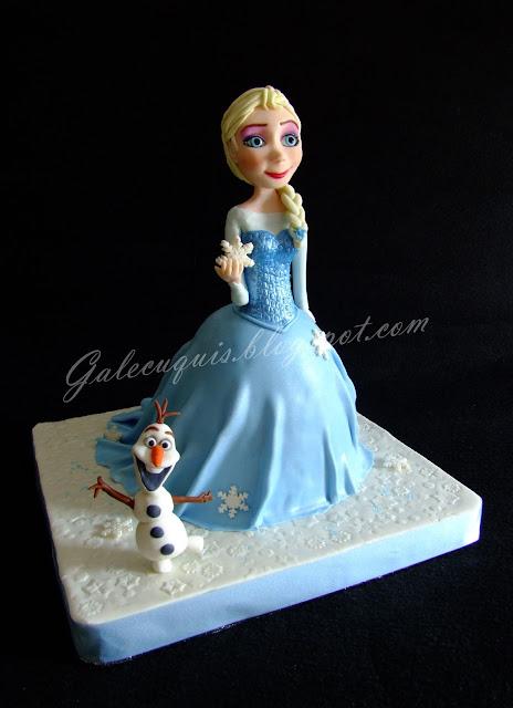 Tarta Elsa Vestido modelada con Olaf