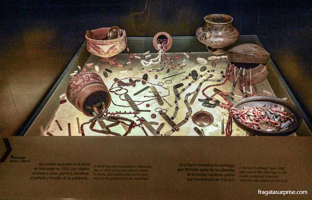 rados em uma câmara funerária pré-colombiana, Museu do Ouro de Bogotá