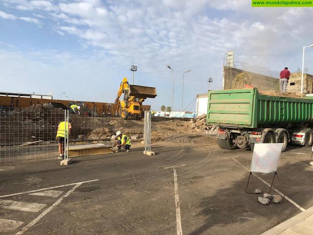 Comienzan las obras de ejecución del acceso principal a la piscina municipal de Los Llanos de Aridane