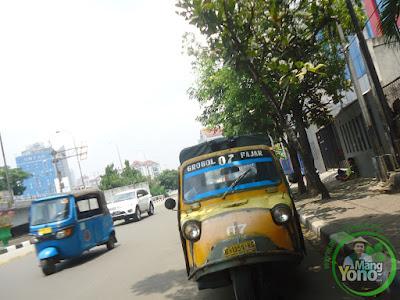 Bemo Angkutan Tua Yang Masih Dibutuhkan Warga Jakarta