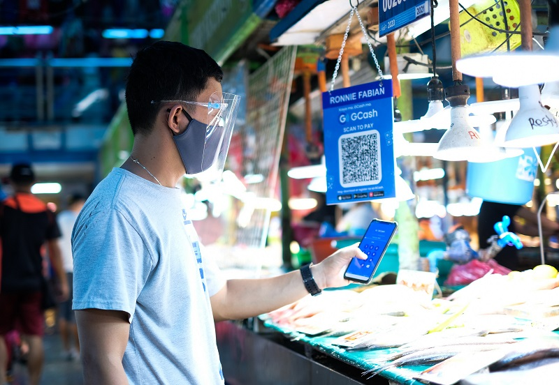 GCash brings businesses in Araneta City's Farmers Market into the future