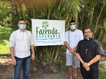 DONA INÊS - Prefeito e Padre visitam centro de recuperação Fazenda da esperança