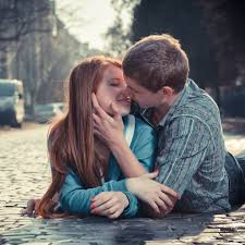 romantic love photos of boy girl in love.jpg