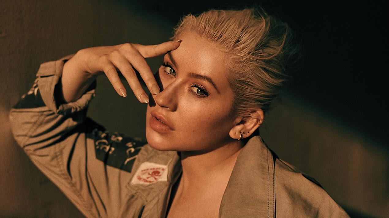 Christina Aguilera libera mais um dos feats que farão parte do seu novo álbum, dessa vez com o rapper GoldLink.