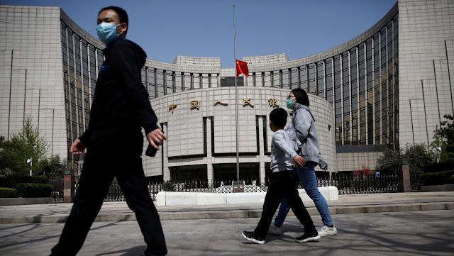 """Los bancos chinos se preparan para """"lo peor"""" ante la amenaza de sanciones estadounidenses"""