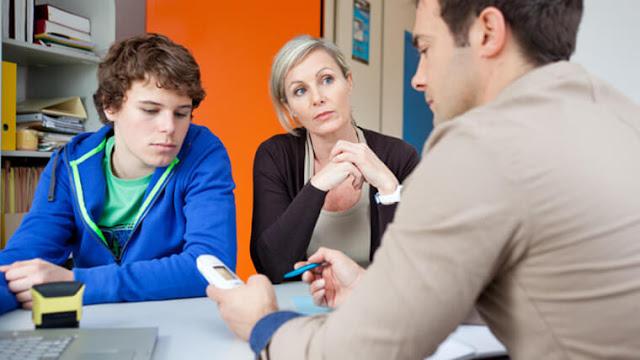 Bagaimana cara menghormati orang tua dan guru jelaskan