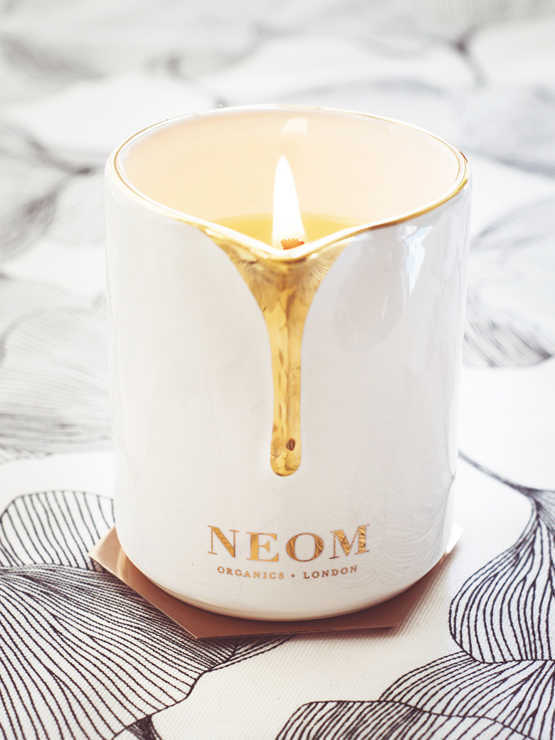 Neom Intensive Skin Treatment Candle.