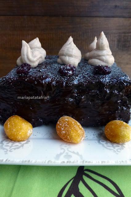 Tarta de chocolate Mort Subite al Paisaje Otoñal con crema de Castañas y polvo de plata - Maríapatatafría