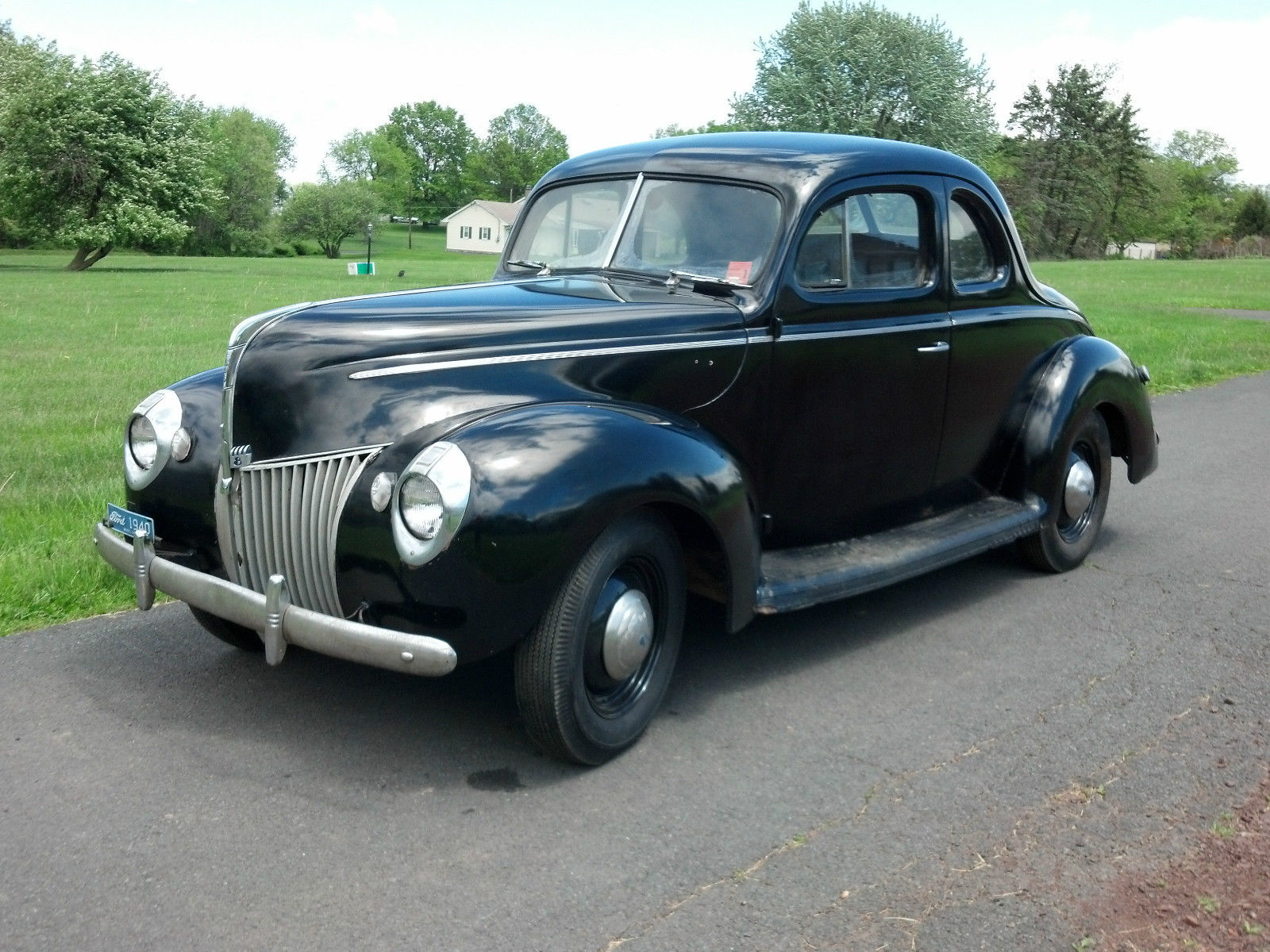 Daily Turismo: Survivor: 1940 Ford Standard Business Coupe
