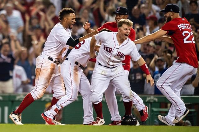 Medias Rojas barrieron la serie contra los Yankees