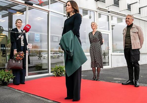 Crown Princess Mary wore Theory Green Wool and Cashmere Double-faced Essential Coat