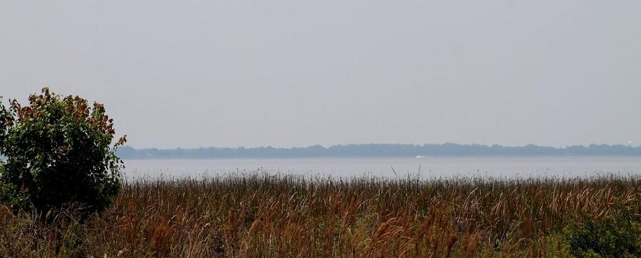 Lago East Tohopekaliga al comienzo de la ruta