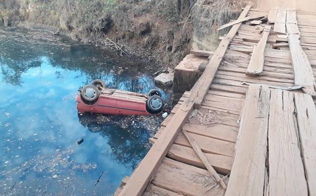 UMA TRAGÉDIA : Ponte em péssimo estado de conservação pode ter causado a morte de seis jovens no Corumbá.