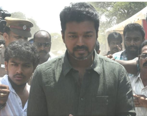 Nadigar Sangam elections take place on 23 June; Vijay arrives to cast his vote for Nadigar Sangam elections   www.tamilmoviesreviews.com