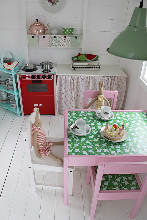 Click to see more of The most amazing little DIY Play Shed for Girls! Those mini furniture pieces are so cute