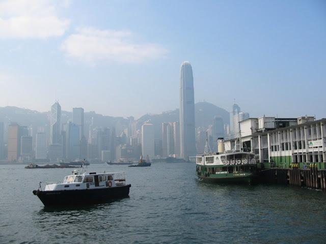 Hongkong - Blick von Kowloon mit der Star Ferry
