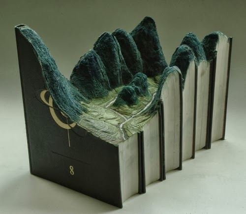 03-Guy-Laramee-Book-Sculptures-Encyclopedias-Dictionaries-www-designstack-co