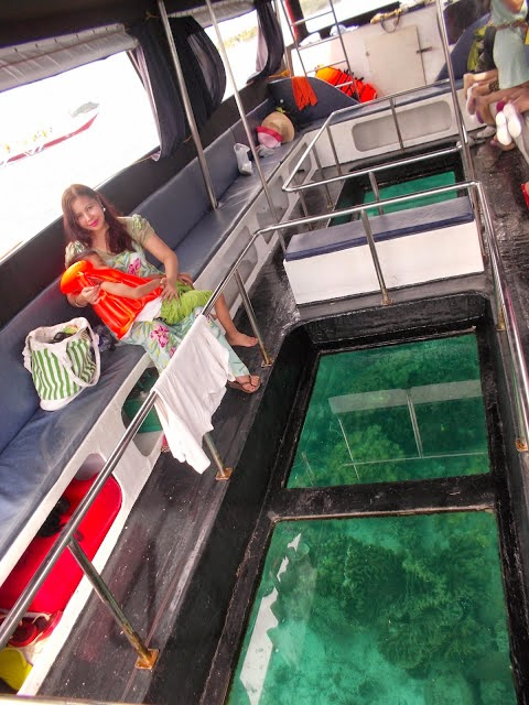 glass bottom boat tour in boracay