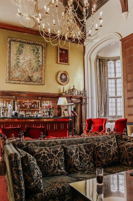 Rushton Hall Hotel Northamptonshire Lounge Area