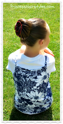 Ribbon swirl bun for the 4th of July