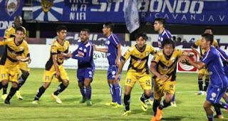 Arema FC Taklukkan Mitra Kukar 3-1 Piala Gubernur Kaltim 2018
