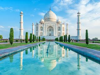 ताजमहल पर निबंध | Hindi essay on Taj Mahal