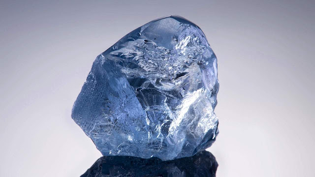 This is the 20.08 carat blue gem quality Type IIb diamond recovered at Cullinan mine.