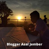 Blogger yang lahir di Jember