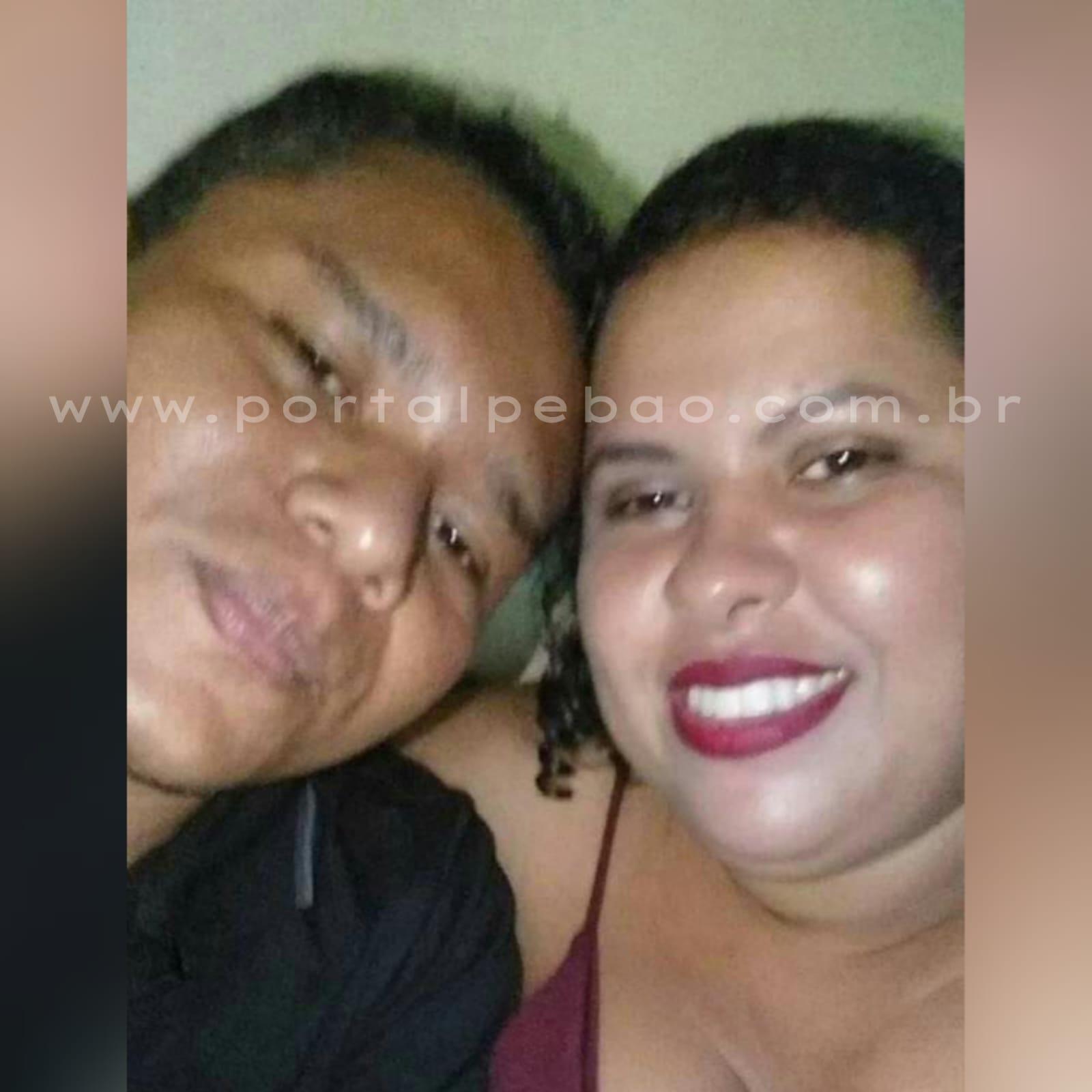 Homem morre e mulher fica ferida em acidente entre carro e moto, em Parauapebas.