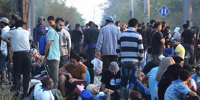 Υπεράριθμοι πρόσφυγες σε δομές των Ενόπλων Δυνάμεων