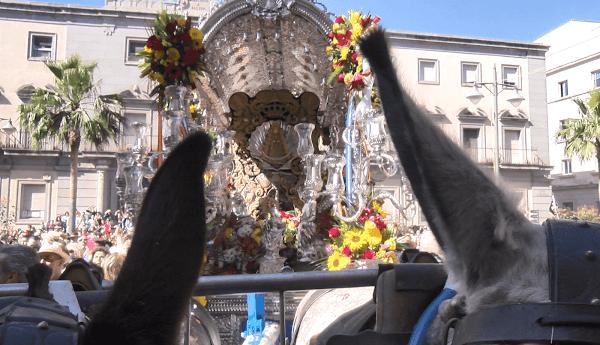 El centro de Huelva se queda sin Rocío