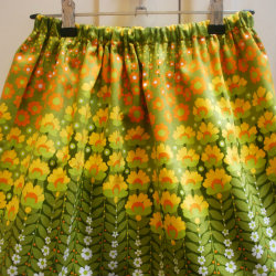 Vintage fabric skirt Size 3-4