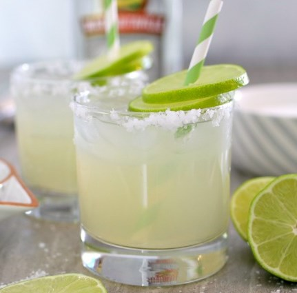 Homemade Fresh Margarita Recipe #drinks #cocktails