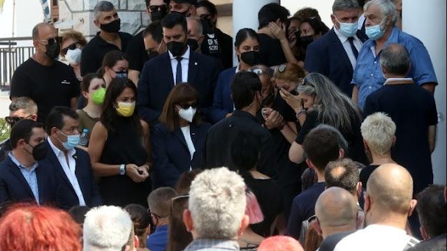 Δημοσία δαπάνη η κηδεία του εθελοντή πυροσβέστη Β. Φιλώρα (βίντεο)