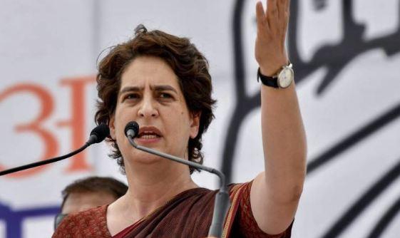 देश में 'भयंकर मंदी' लेकिन सरकार के लोग खामोश हैं : प्रियंका गांधी वाड्रा - newsonfloor.com