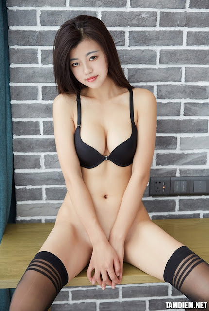 Hot girls One day 1 sexy girl P17 2