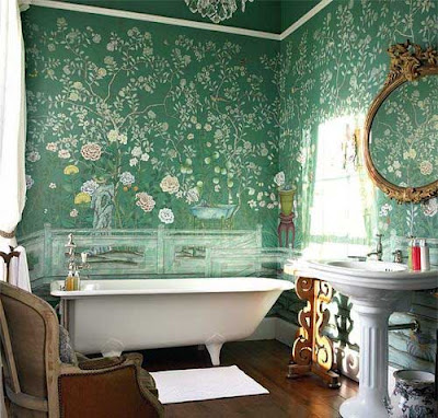 banheiro-antigo-papel-parede-floral