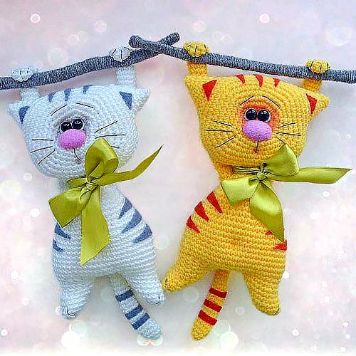 Amigurumi Cats - Free Pattern