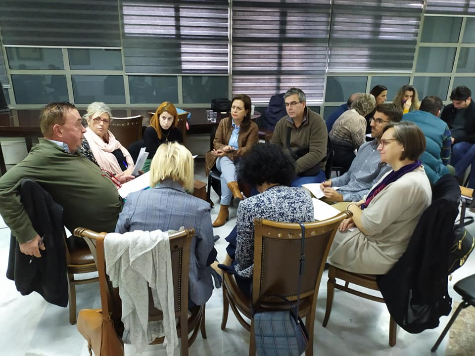 «Δημοκρατία και Τοπικές Κοινωνίες: Διαμορφώνοντας Ενεργούς Πολίτες» στη Λάρισα (ΦΩΤΟ)