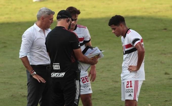 """Crespo elogia os reservas do São Paulo no empate com o Mirassol e diz: """"Merecíamos ganhar"""""""