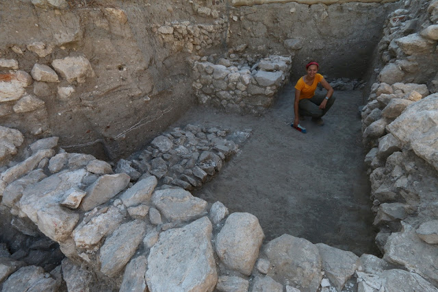 3,700 year old burial chamber of Canaanite kings discovered in Megiddo
