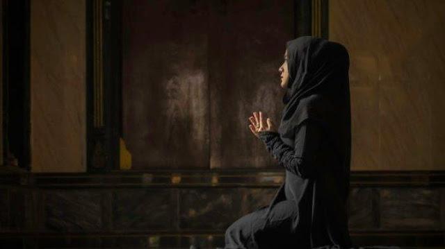 CATAT 10 Waktu Terkabulnya Doa di Bulan Ramadhan, Paling Mustajab, Termasuk saat Malam Lailatul Qadr