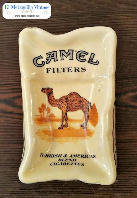 Cenicero Publicidad Camel