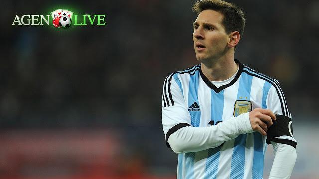 Chocobet Blog: Messi ditidung Lecehkan Skuat Bolivia